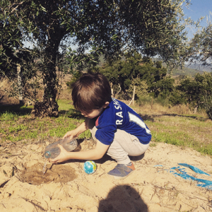 playing-in-sand-portugal